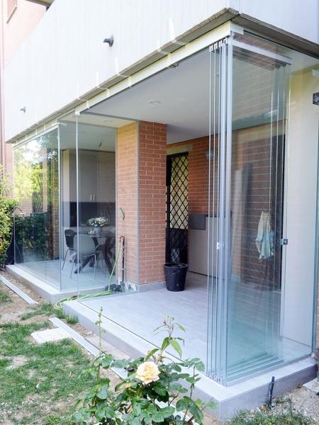 balcon-glass-01