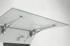 Pensilina vetro e supporti in acciaio